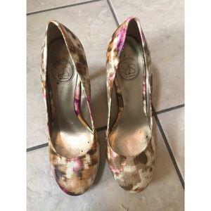 Jessica Simpson multi color heels (7.5)